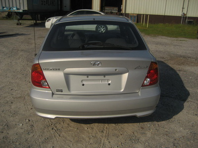 hyunday accent silver