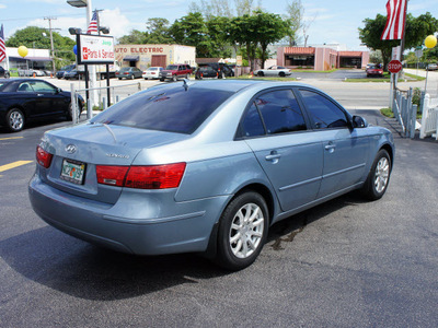 hyundai sonata 2010 lt  blue sedan gasoline 4 cylinders front wheel drive automatic 33021