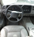 chevrolet suburban 1500 1999 lt  gray suv lt 4x4 gasoline v8 4 wheel drive automatic with overdrive 60546