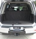 nissan armada 2010 silver suv titanium flex fuel 8 cylinders 2 wheel drive automatic 33884