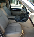lincoln aviator 2005 beige suv luxury gasoline 8 cylinders all whee drive automatic 76210