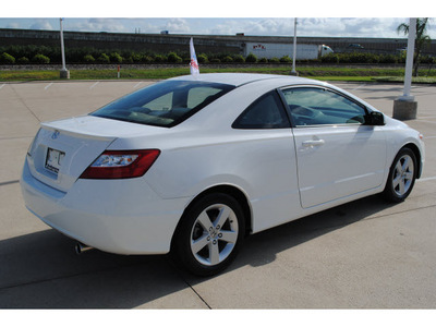 honda civic 2007 white coupe ex gasoline 4 cylinders front wheel drive automatic 77065