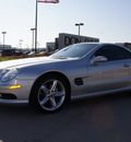 mercedes benz sl class 2004 silver sl500 gasoline 8 cylinders rear wheel drive automatic 76018