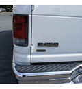 ford econoline cargo 2008 oxford white van e 250 gasoline 8 cylinders rear wheel drive automatic with overdrive 07724