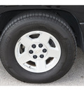 chevrolet silverado 1500 2005 black ls gasoline 8 cylinders rear wheel drive automatic 77388