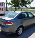 ford focus 2010 dk  gray sedan se gasoline 4 cylinders front wheel drive automatic 76205