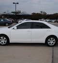 toyota camry 2009 white sedan le gasoline 4 cylinders front wheel drive automatic 76087