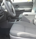 dodge durango 2005 silver suv sxt gasoline 8 cylinders 4 wheel drive 5 speed automatic 99212