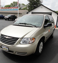 chrysler town and country 2006 gold van gasoline 6 cylinders front wheel drive automatic 45005