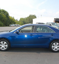 toyota camry 2009 dk  blue sedan le gasoline 4 cylinders front wheel drive automatic 27330