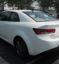 kia forte koup 2012 white coupe ex 4 cylinders front wheel drive automatic 43228