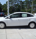 ford focus 2012 white sedan se gasoline 4 cylinders front wheel drive automatic 32401