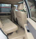 ford expedition 2008 white suv xlt gasoline 8 cylinders 4 wheel drive automatic with overdrive 13502