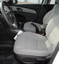chevrolet cruze 2012 summ white sedan eco gasoline 4 cylinders front wheel drive 6 speed manual 76087