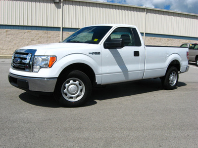 ford f 150 2010 white xl long bed gasoline 8 cylinders 2 wheel drive automatic with overdrive 45840