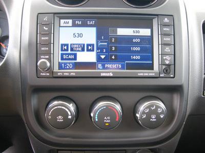 jeep compass 2011 gray suv latitude gasoline 4 cylinders 4 wheel drive automatic 45840
