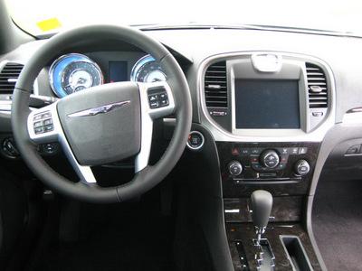 chrysler 300 2011 black sedan limited gasoline 6 cylinders rear wheel drive automatic 45840