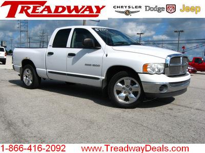 dodge ram pickup 1500 2002 white pickup truck slt gasoline 8 cylinders rear wheel drive automatic 45840