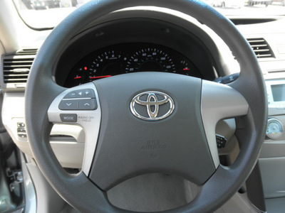 toyota camry 2009 aloe green sedan le gasoline 4 cylinders front wheel drive automatic 34788