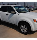 ford escape 2010 white suv xlt flex fuel 6 cylinders front wheel drive 6 speed automatic 77090