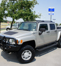 hummer h3t 2009 lt  gray alpha gasoline 8 cylinders 4 wheel drive automatic 76205