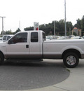 ford f 250 2007 white super duty gasoline 8 cylinders rear wheel drive automatic 33884