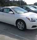 nissan altima 2012 white coupe s gasoline 4 cylinders front wheel drive automatic 33884