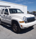 jeep liberty 2006 white suv limited diesel 4 cylinders 4 wheel drive automatic 28557
