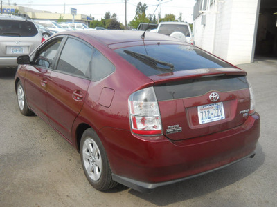 toyota prius 2005 maroon hatchback hybrid 4 cylinders front wheel drive cont  variable trans  99208