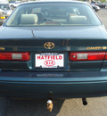 toyota camry 1998 green sedan le gasoline 4 cylinders front wheel drive automatic with overdrive 43228