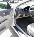 ford fusion 2010 white sedan sel gasoline 4 cylinders front wheel drive automatic with overdrive 55321