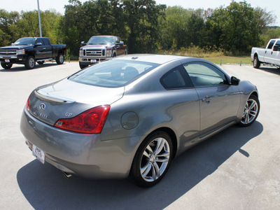 infiniti g37 2008 gray coupe gasoline 6 cylinders rear wheel drive automatic 76205