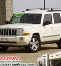 jeep commander 2010 white suv sport gasoline 6 cylinders 4 wheel drive automatic 62034