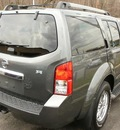 nissan pathfinder 2009 gray suv se gasoline 6 cylinders 4 wheel drive automatic 08812