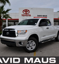 toyota tundra 2011 white sr5 gasoline 8 cylinders 2 wheel drive automatic 32771