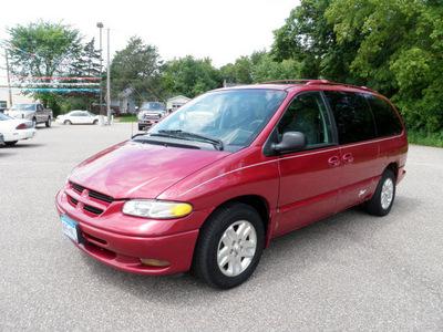 dodge grand caravan 1997 red van se gasoline 6 cylinders front wheel drive 4 speed automatic 55321