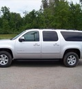 gmc yukon xl 2011 silver suv slt 1500 flex fuel 8 cylinders 4 wheel drive not specified 44024