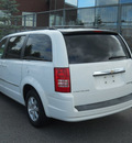 chrysler town and country 2009 white van touring gasoline 6 cylinders front wheel drive 6 speed automatic 99212