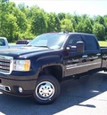 gmc sierra 3500hd 2011 black denali diesel 8 cylinders 4 wheel drive not specified 44024