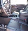 gmc sierra 2500hd 2011 white slt diesel 8 cylinders 4 wheel drive not specified 44024