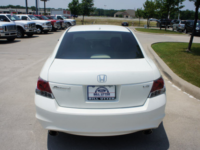 honda accord 2008 white sedan exlv6 gasoline 6 cylinders front wheel drive automatic 76205