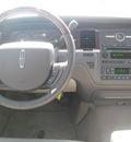 lincoln town car 2008 light blue sedan signature ltd gasoline 8 cylinders rear wheel drive automatic 33884