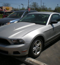 ford mustang 2010 silver coupe gasoline 6 cylinders rear wheel drive automatic 13212