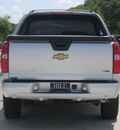 chevrolet avalanche 2010 silver suv flex fuel 8 cylinders 2 wheel drive automatic 33884