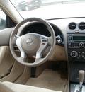 nissan altima 2008 tan sedan 2 5s gasoline 4 cylinders front wheel drive automatic 13212