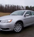 chrysler 200 2011 silver sedan lx gasoline 4 cylinders front wheel drive not specified 44024