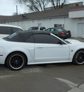 ford mustang 2004 white gt deluxe gasoline 8 cylinders rear wheel drive automatic 99212