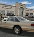 chevrolet caprice classic 1994 gold sedan clas gasoline v8 rear wheel drive automatic 60915