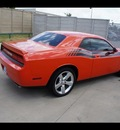 dodge challenger 2010 orange coupe r t gasoline 8 cylinders rear wheel drive automatic 76108