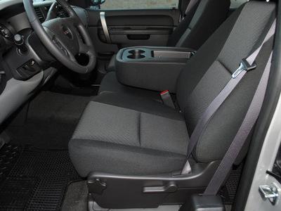 gmc sierra 1500 2011 pure silve pickup truck sl flex fuel 8 cylinders 2 wheel drive automatic 76087